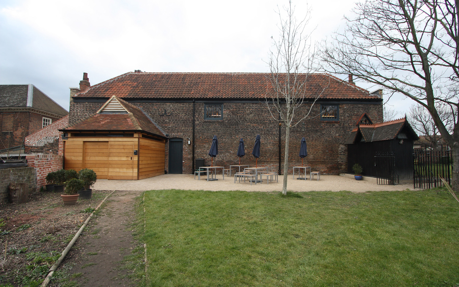 WC extension to stables