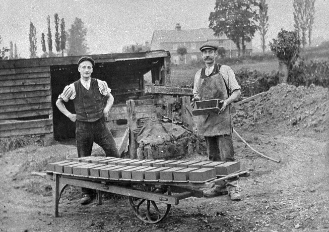 Bakers of Danbury Brickyard, Peartree Farm 1908