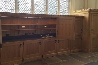 hand_made_oak_church_furniture_Saffron_Walden_Church
